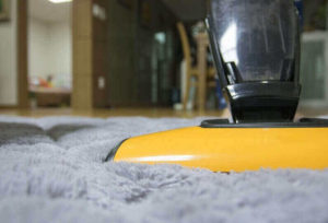 How to Use Vacuum Cleaner Step by Step